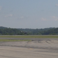 MORGANTOWN MUNICIPAL AIRPORT RUNWAY.jpg