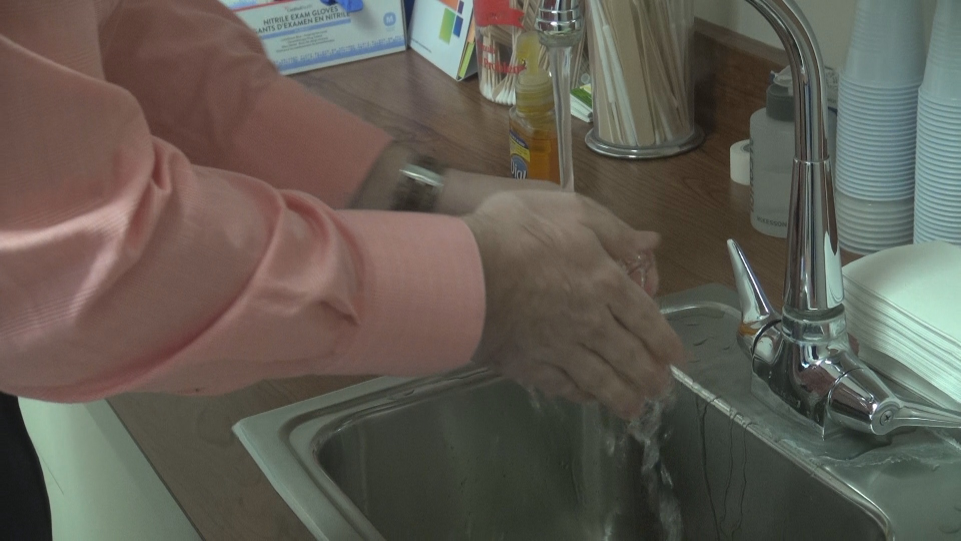 Hand washing for cold prevention