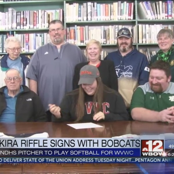 Notre Dame's Kira Riffle signs with WVWC