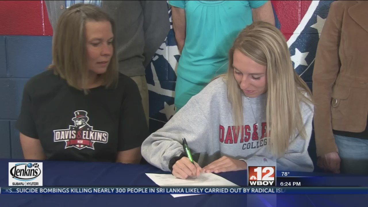 Two Liberty athletes commit to Davis & Elkins