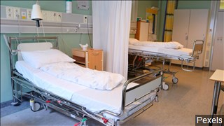hospital bed_1556546309916.jpg.jpg