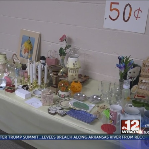 Evangel Baptist Church holds fundraiser to build beds for area children in need