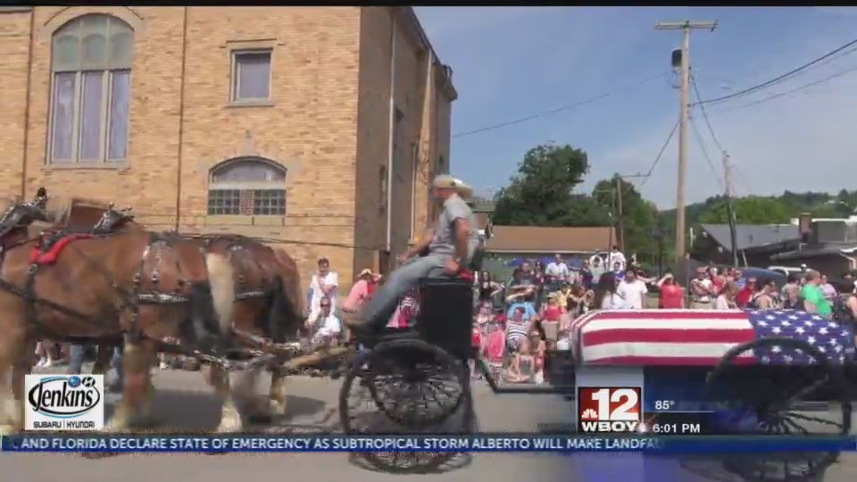 Grafton hosts Memorial Day parade