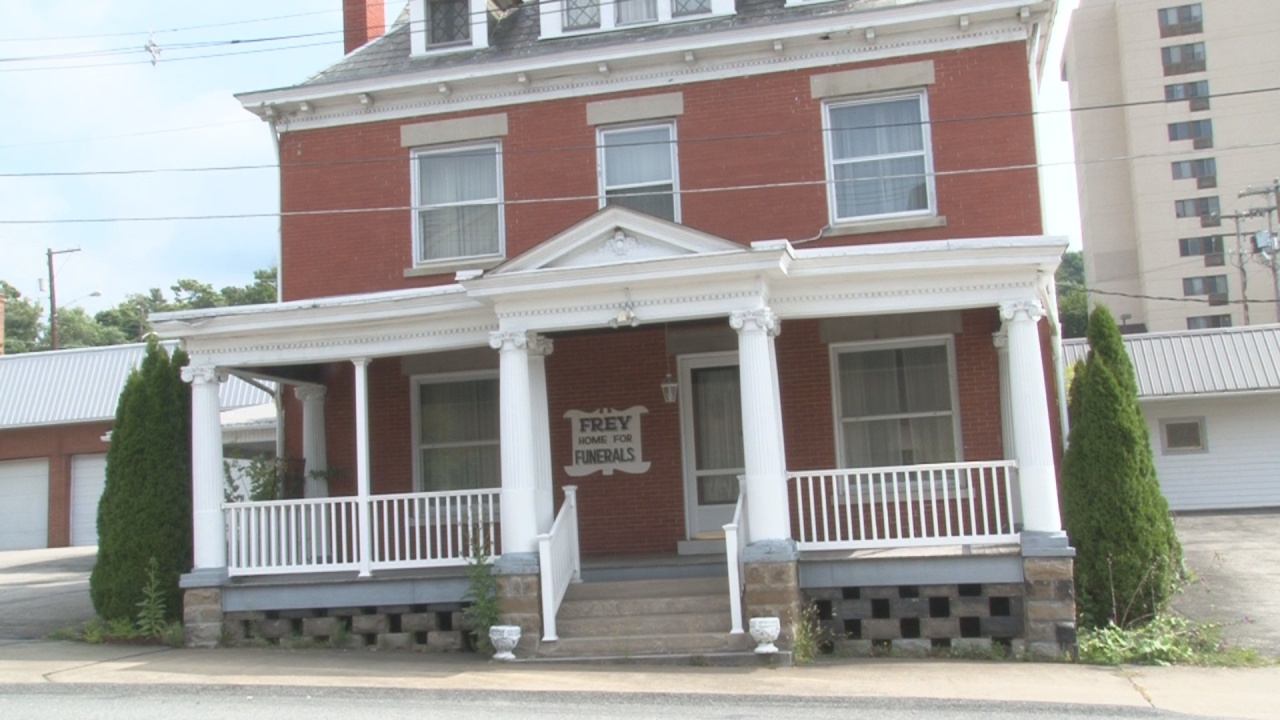 A Marion County funeral home closes after 60 years | WBOY