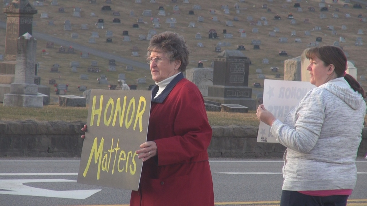Lincoln High School students and parents protest graduation changes